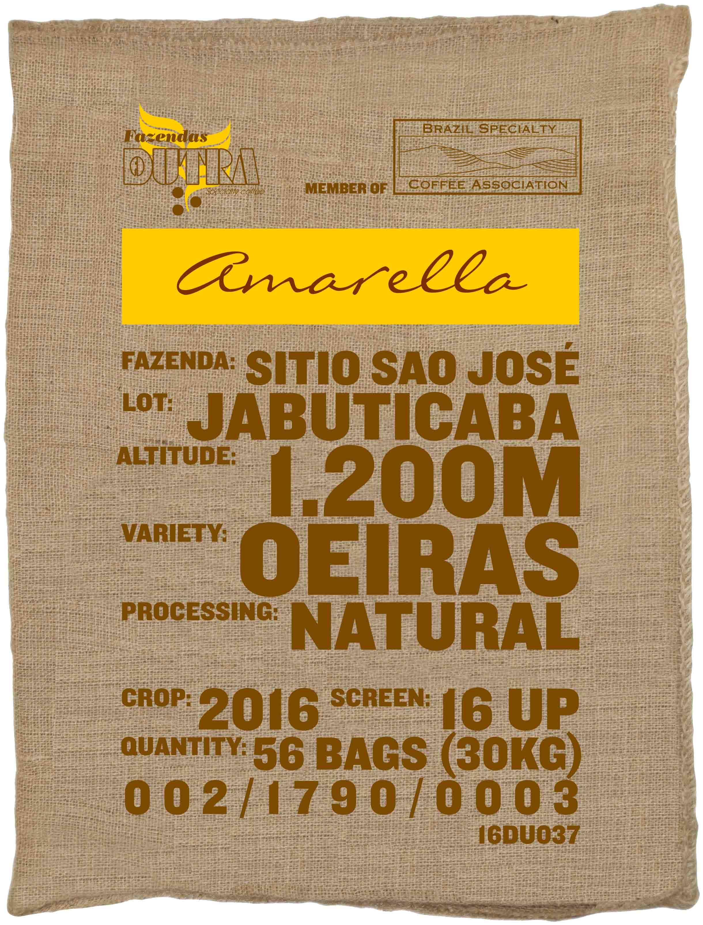 Ein Rohkaffeesack amarella Parzellenkaffee Varietät Oeiras. Fazendas Dutra Lot Jabuticaba.