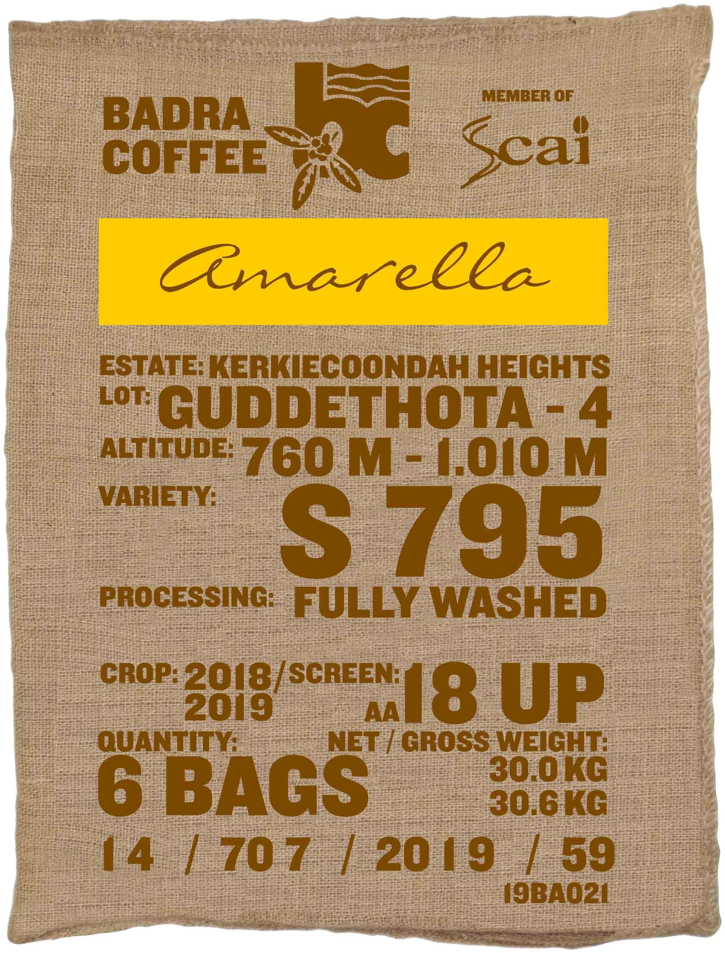 Ein Rohkaffeesack amarella Parzellenkaffee Varietät S795. Badra Estates Lot Guddethota 4.